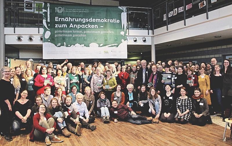"""Offene Konferenz """"Ernährungsdemokratie zum Anpacken"""" war ein voller Erfolg"""